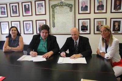 Apertura de carreras de Educación en la extensión áulica Necochea